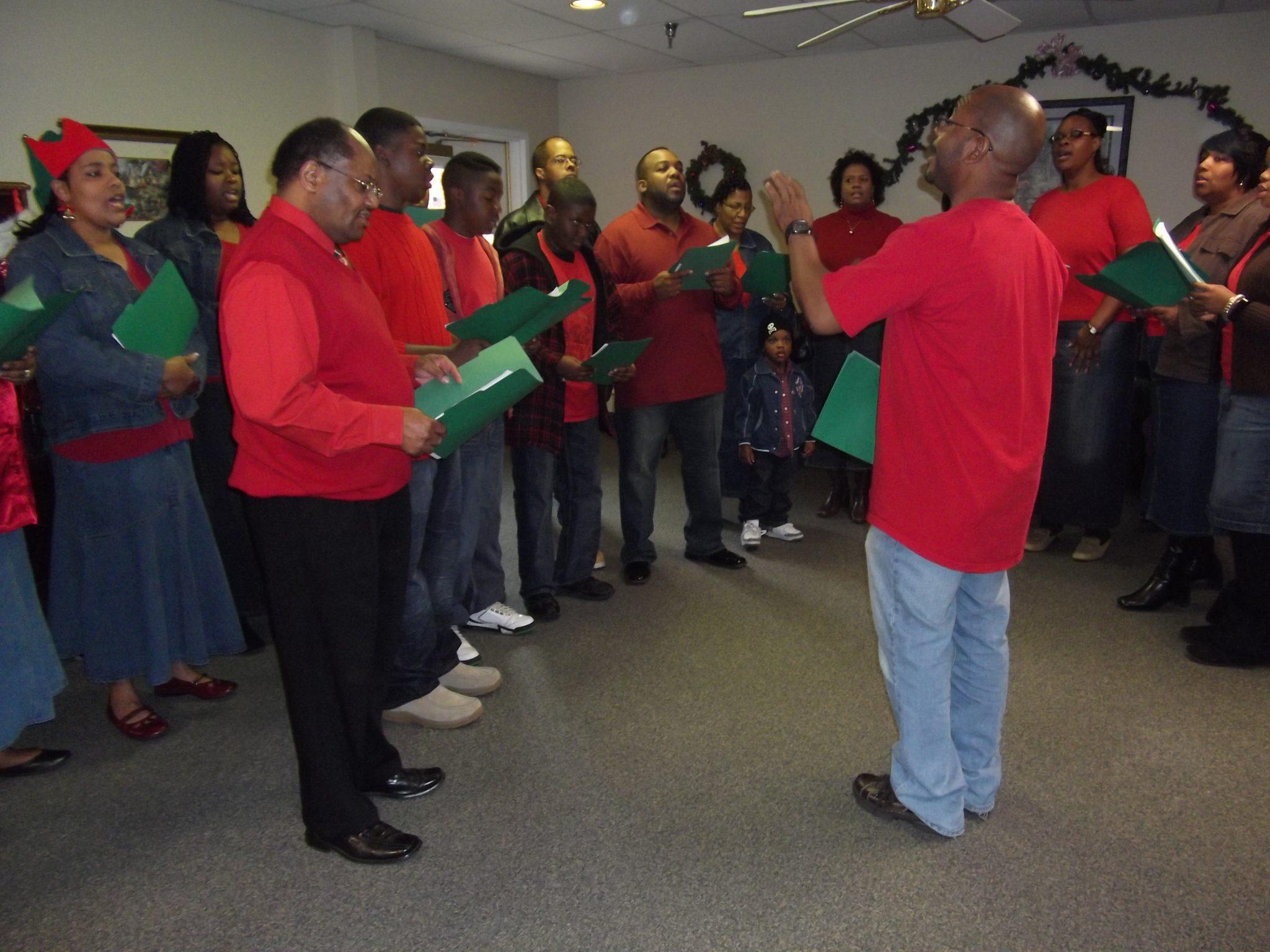 how to take your group christmas caroling and actually sound good - Best Christmas Hymns